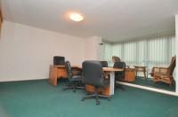 Stan 95m2 pretvoren u poslovni prostor sa cetiri prostorije